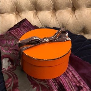 Hermès Round Carre Scarf Box with Ribbon